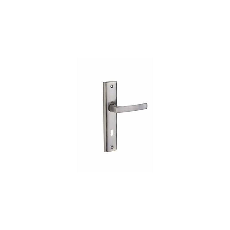 Klamka ARIA na długim szyldzie na klucz